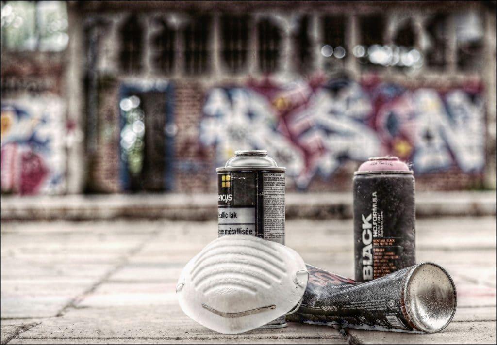 Graffiti-couleur-masque-anti-poussière